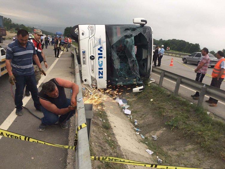 Son dakika: Askerleri taşıyan yolcu otobüsü yan yattı