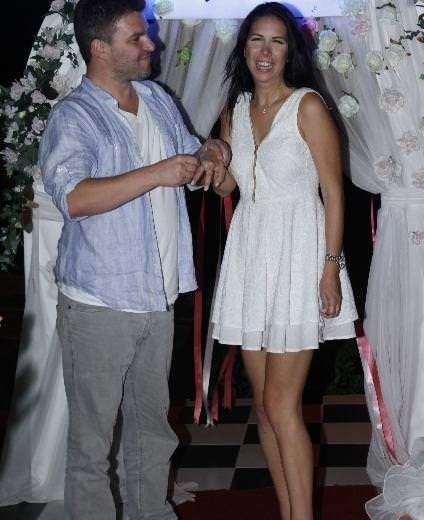 Tuğba Özerk evleniyor mu?