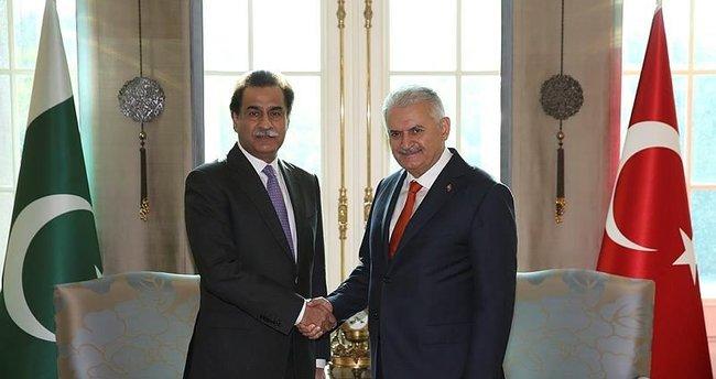 Yıldırım'ın Pakistan Milli Meclis Başkanı Sadık ile görüşmesi