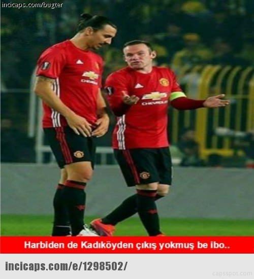 Fenerbahe-Manchester United maçının capsleri sosyal medyayı salladı