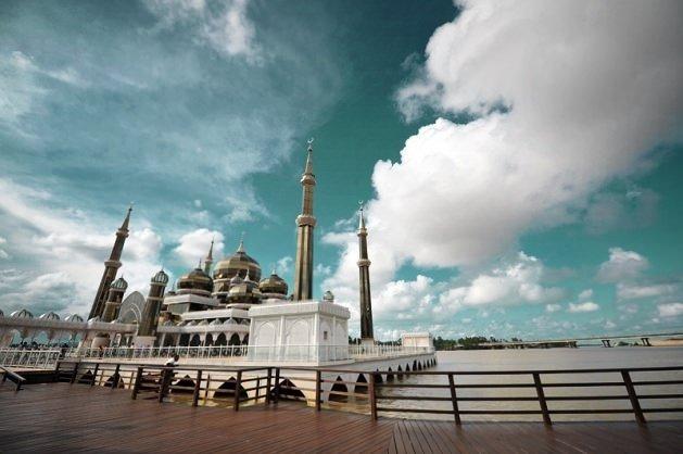 Dünyanın en güzel 50 camisi