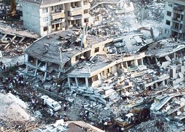 17 Ağustos Depremi'nin 16.yılı