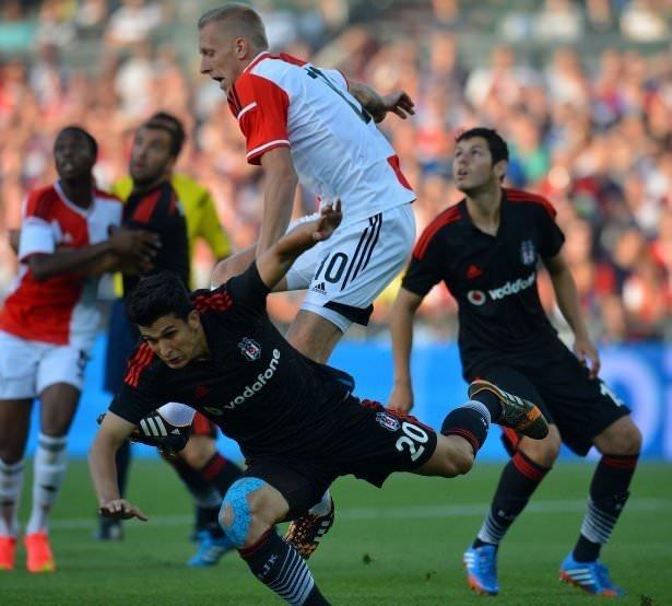 Feyenoord - Beşiktaş maçının fotoğrafları