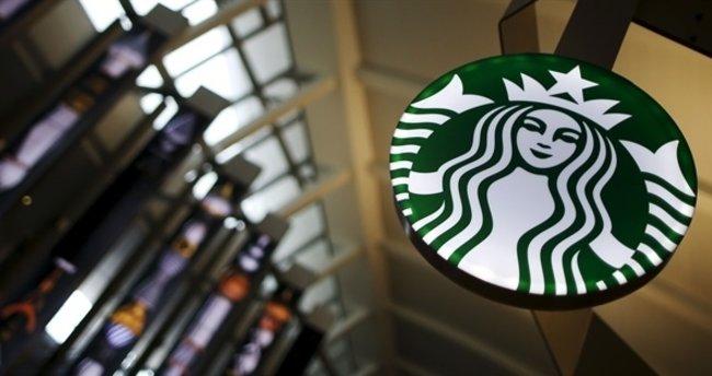 Starbucks ilk mağazasını kapatıyor