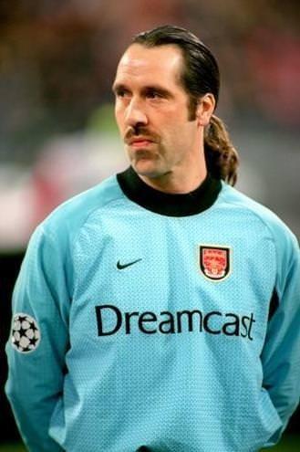 Futbol tarihinin gelmiş geçmiş en kötü saç kesimleri!