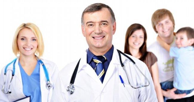 Sağlıkta dönüşüme sektörden övgü