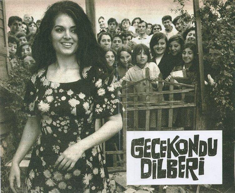 'Bir Nesil Türkan Şoray'la Mektuplaştı'