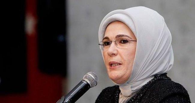 Emine Erdoğan ''Büyüyen Türkiye, Gelişen Demokrasi'' panelinde konuştu
