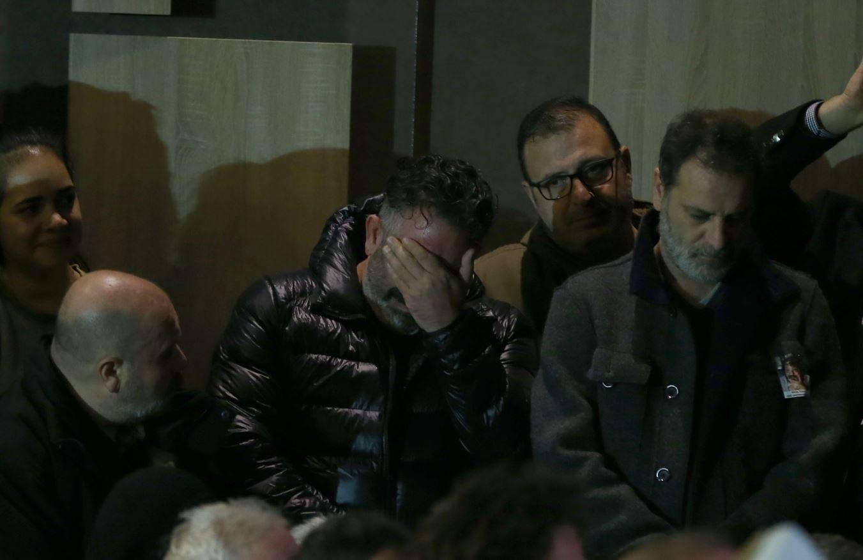 Cem Yılmaz, Erdal Tosun'un cenaze töreninde gözyaşlarına boğuldu