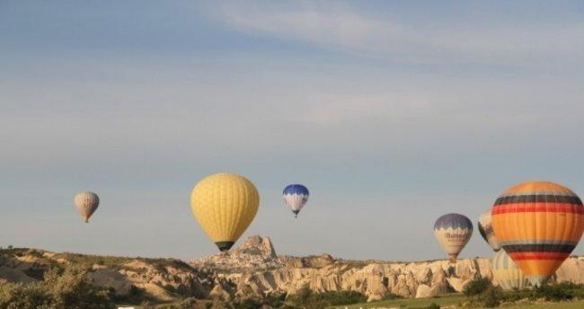 Nevşehir'de Balon uçuşlarına rüzgar engeli