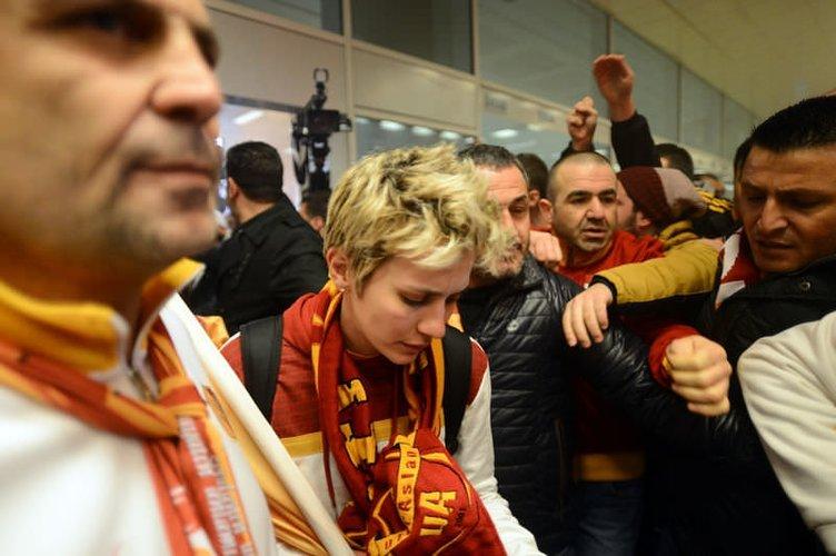 Avrupa şampiyonu Galatasaray Odeabank İstanbul'a döndü