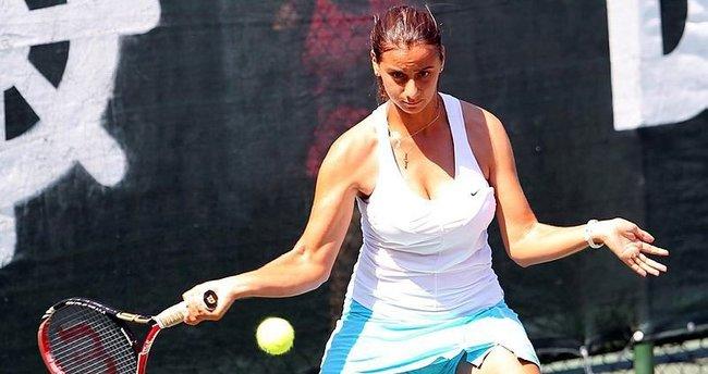 Melis Sezer ITF turnuvasında şampiyon