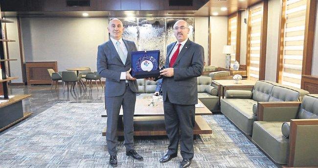 İstanbul Üniversitesi HKÜ ile buluştu