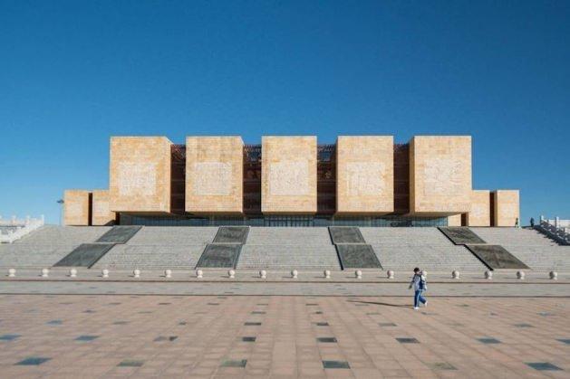 Çin'in modern hayalet şehiri Ordos
