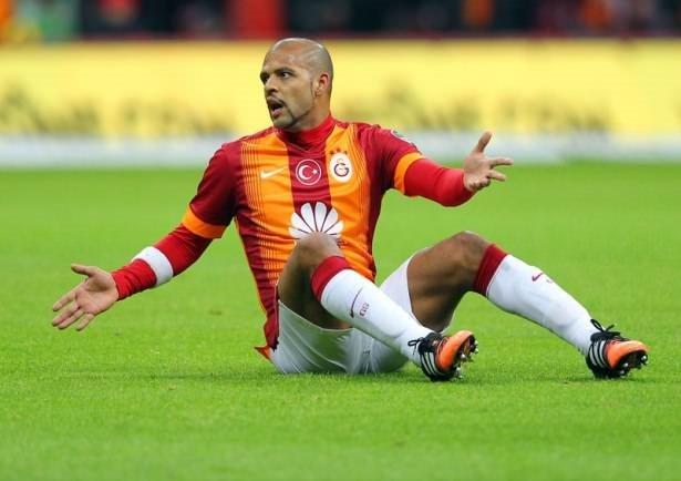 Galatasaraylı futbolcular ne kadar maaş alıyor?