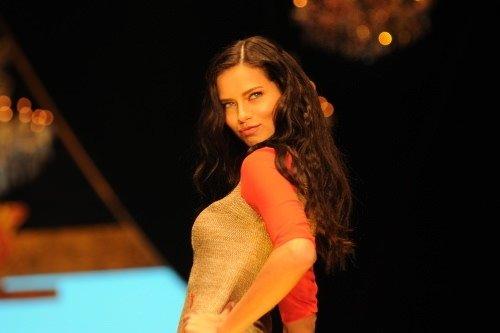 Adriana Lima Antalya'yı salladı