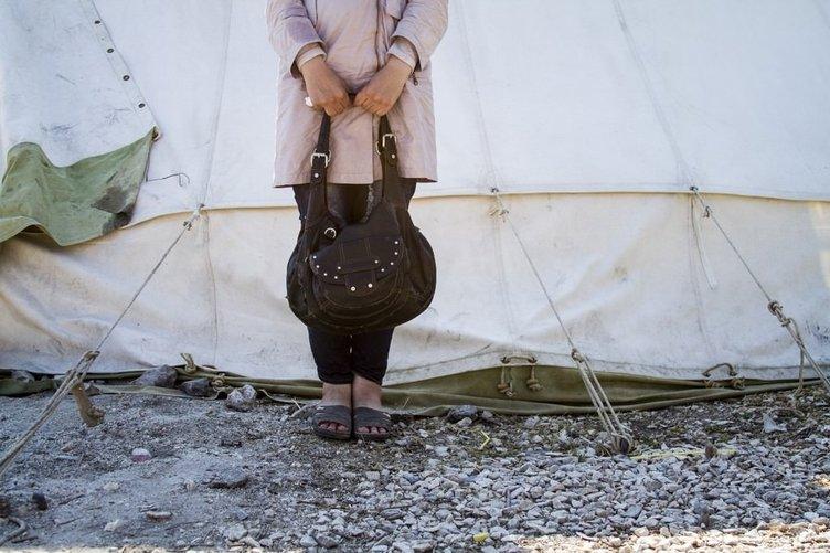 Mülteci çocuğun çantasından çıkanlar