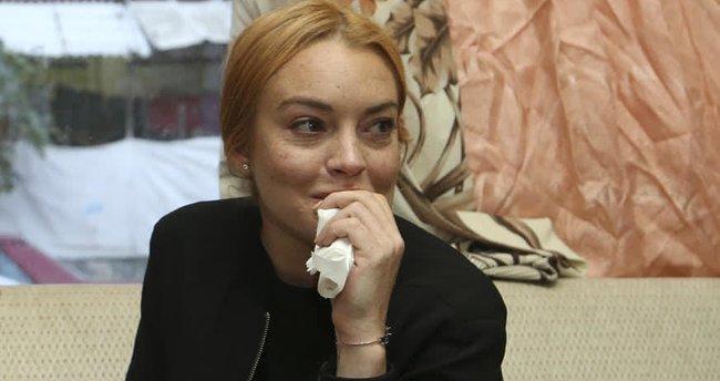 Linsay Lohan Suriyeli aileyİ yeniden ziyaret etti