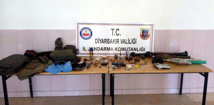 Askerleri gören teröristlerin silahlarını bırakıp kaçtı