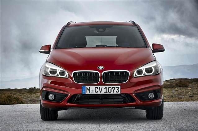 7 koltuklu BMW