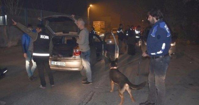 İzmir'de 300 polisle narkotik uygulaması!
