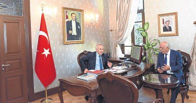 Başkan Seyfi Dingil Vali Ata'yı ziyaret etti