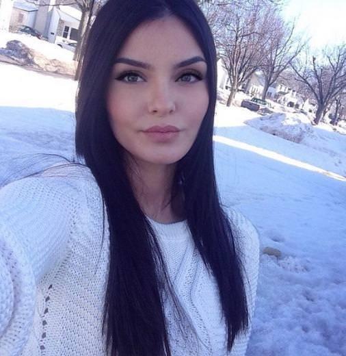 Kürt kızı sosyal medyayı salladı
