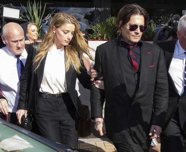 Amber Heard ile Johnny Depp boşanıyor