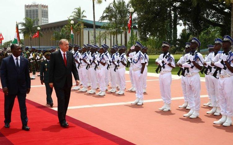 Cumhurbaşkanı Erdoğan, Fildişi Sahili Başkanlık Sarayı'nda