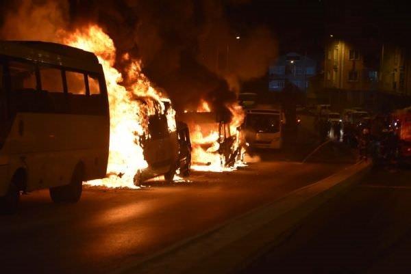 İstanbul'un 3 ilçesinde 23 araç kundaklandı!