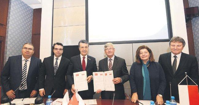 Bursalı ve Polonyalı firmalar protokolde buluştu