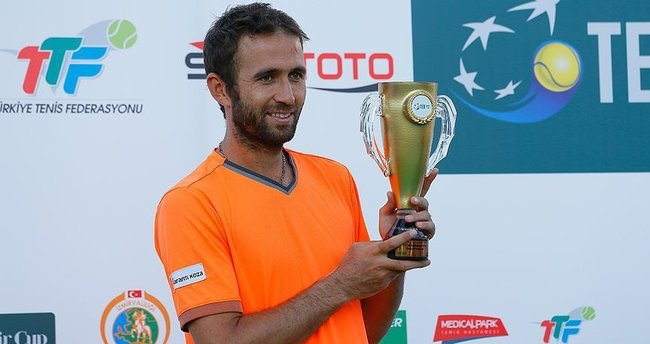 TEB İzmir Cup'ta şampiyon Marsel İlhan!