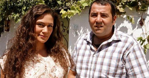 Özge Borak'tan yeni aşk açıklaması