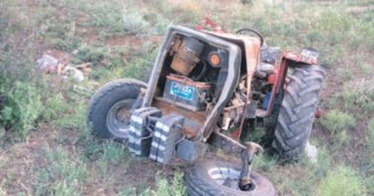 Dede-torun traktör altında can verdi