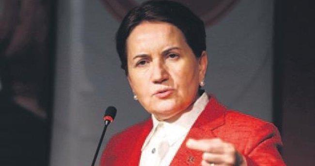 Meral Akşener ihraç edildi