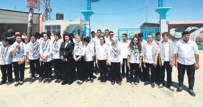 Gazzeli çocuk korosu İsrail engelini aşamadı