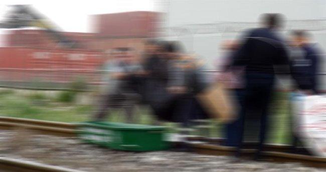 Trenin önüne atladı