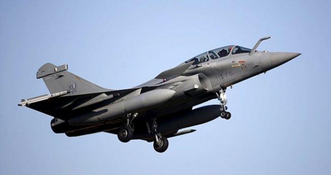 Fransa ve Hindistan arasında savaş uçağı satışı anlaşması imzalandı