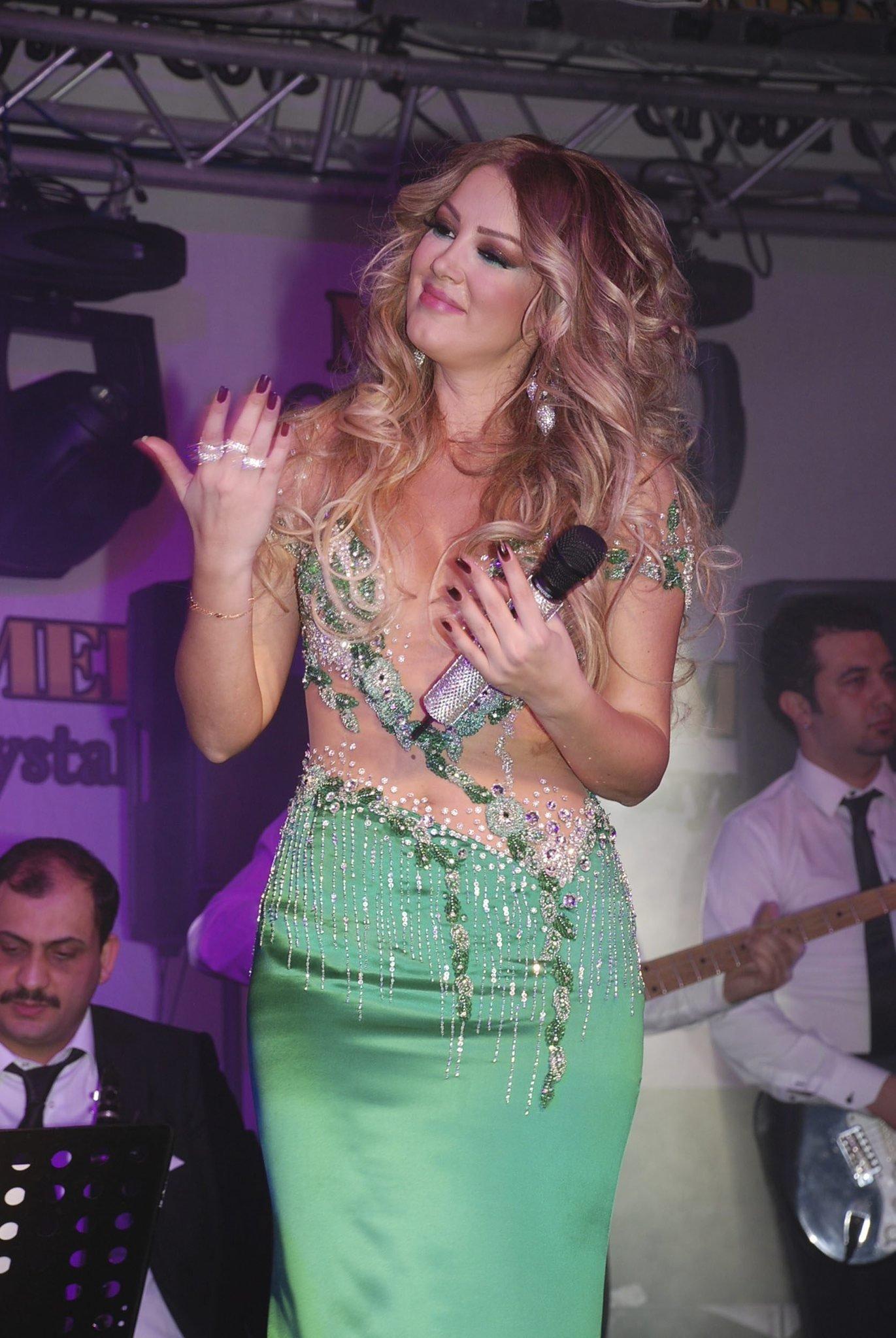 Petek Dinçöz 12 milyon lira kazandı alamıyor!