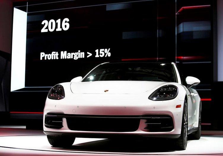 Yeni Porsche Panamera!