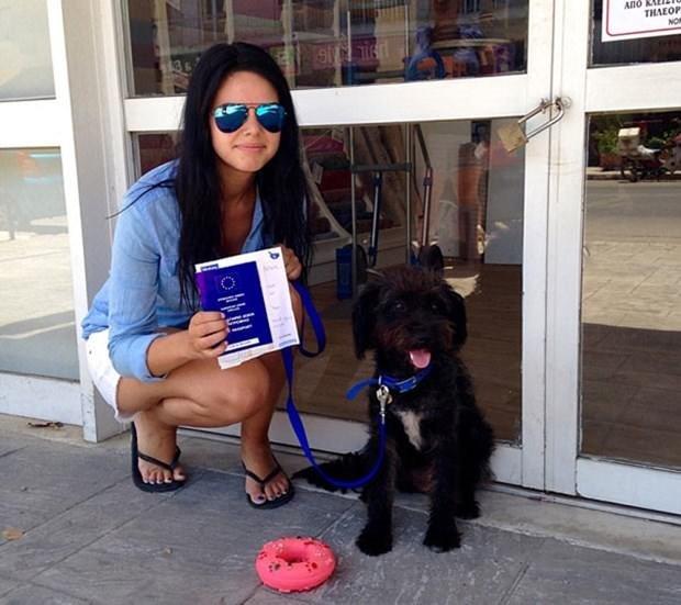 Hayatını kurtaran köpeği sahiplenmek için binlerce km yol gitti
