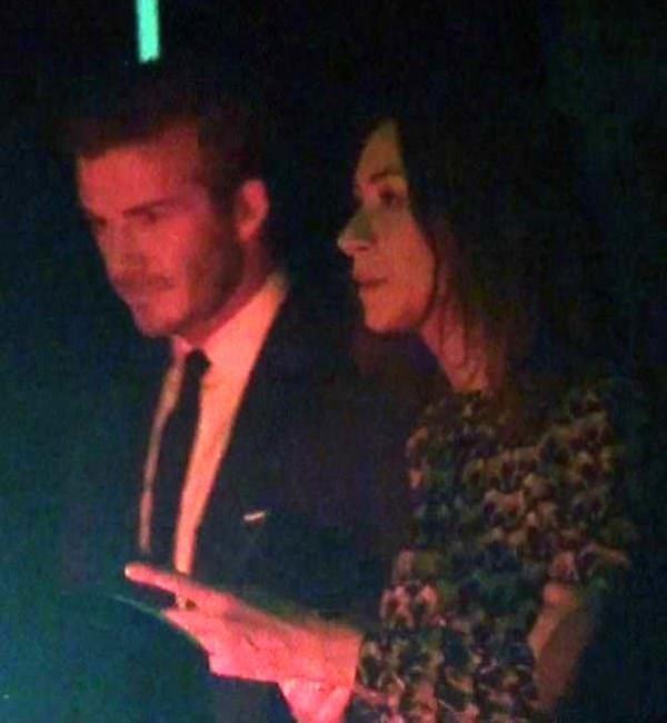 David Beckham bir kadınla yakalandı
