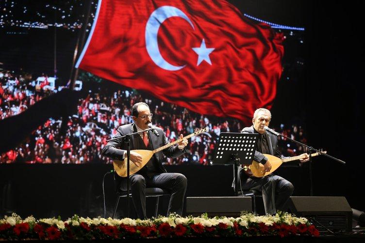 15 Temmuz kahramanları türkülerle anıldı