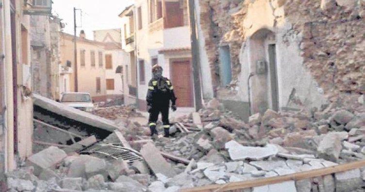 Deprem Midilli'de OHAL ilan ettirdi