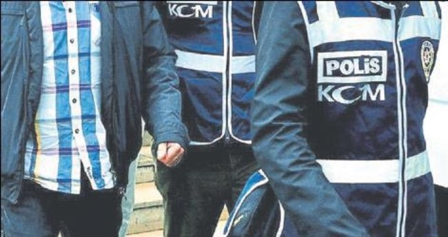 Üç ilde FETÖ baskını: 37 gözaltı