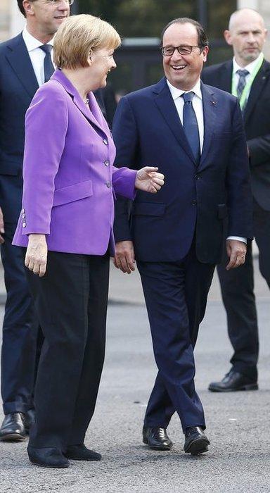 NATO'da liderleri büyüleyen uçuş gösterisi