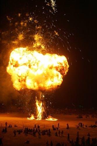 Bu festival yanıyor!