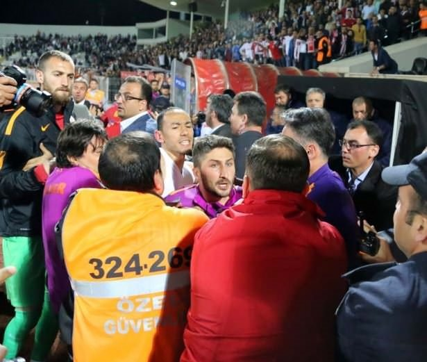 Sivas'ta maçtan sonra büyük kavga!