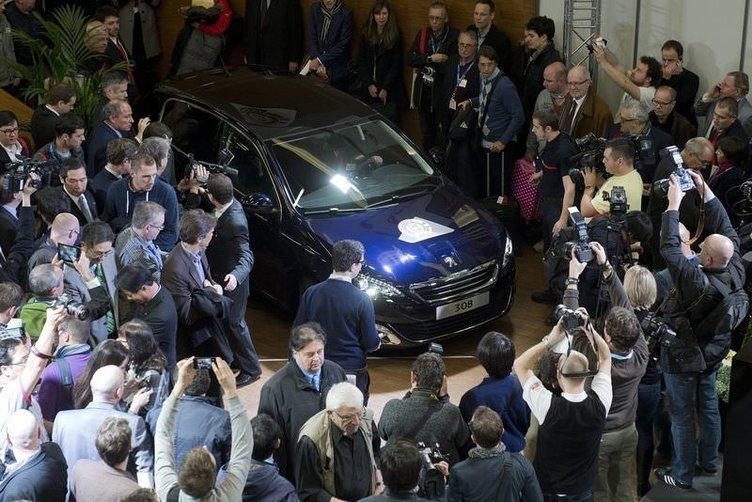 Yeni Peugeot 308, 2014'te Yılın Otomobili seçildi
