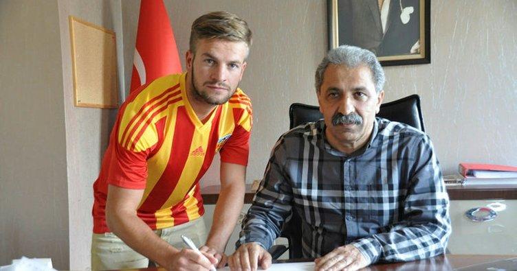 Kayserispor iki gurbetçi futbolcu ile sözleşme imzaladı